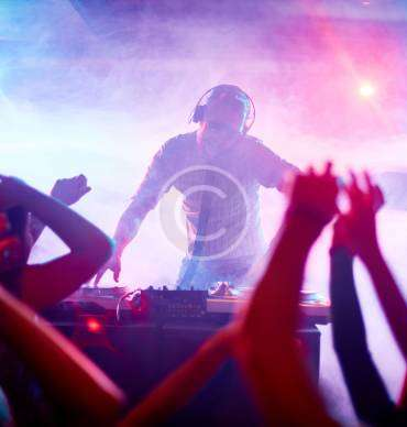 Incredible DJs Contest on Tour